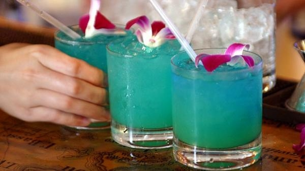 Blue Hawaiian, den blå cocktail